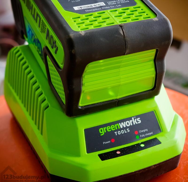greenworks-ladowarka-bateria-40v